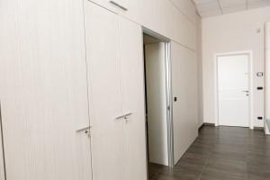 pareti divisorie attrezzate