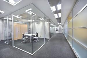 pareti divisorie per ufficio in vetro